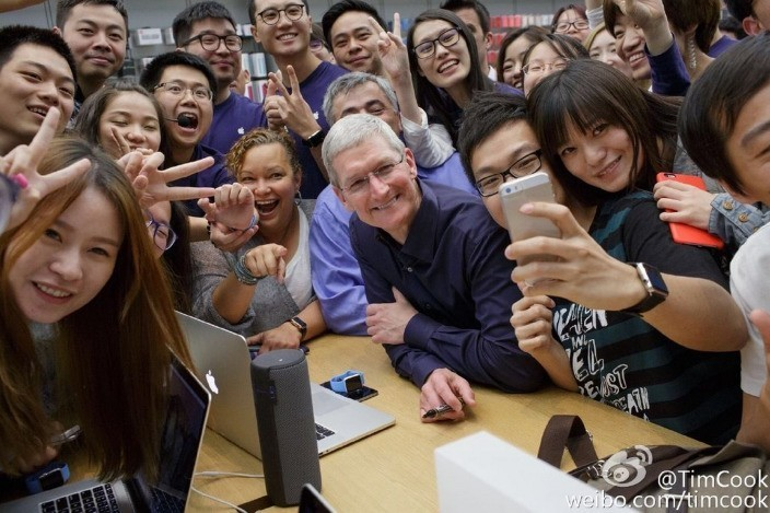 Apple CEO Tim Cook shares photos from recent trip to China