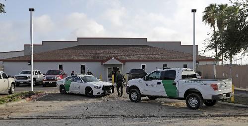 Flu outbreak sickens over 30 migrants at border center