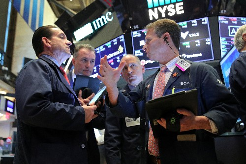 Wall St. higher on tech boost, trade hopes