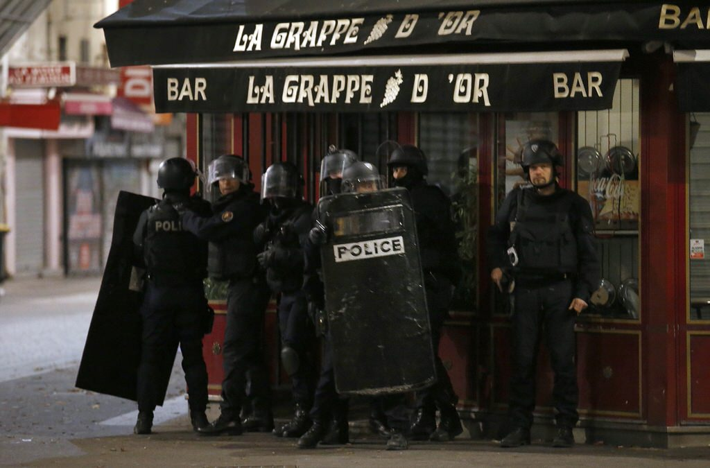 paris attacks - Magazine cover