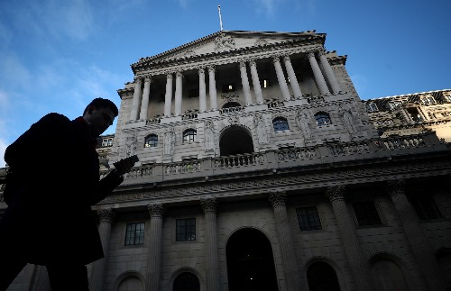 Bank of England says failure to reach end-October Brexit deal would hurt growth