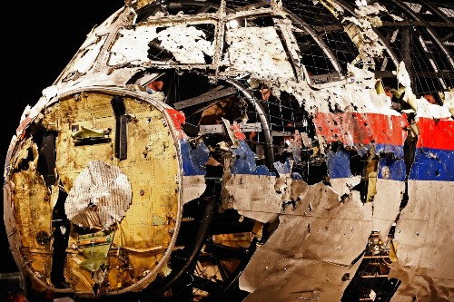 Reconstruction and Report on MH17 in Pictures