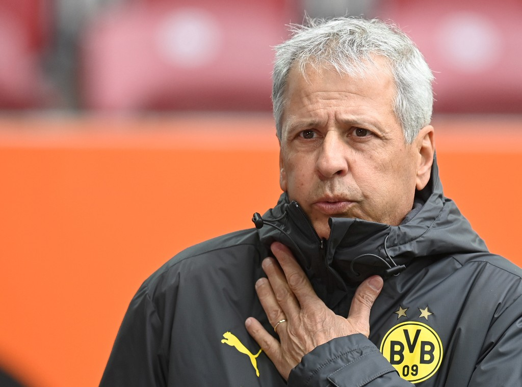 Difficult to accept defeat at Augsburg says Dortmund's Favre