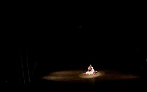 Mujeres aymaras luchan contra la violencia desde el teatro