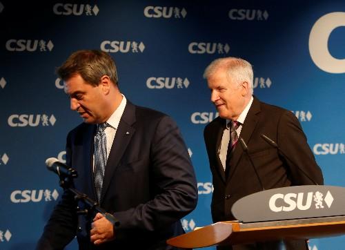 Söder zeigt Verständnis für Forderung nach Seehofer-Rücktritt