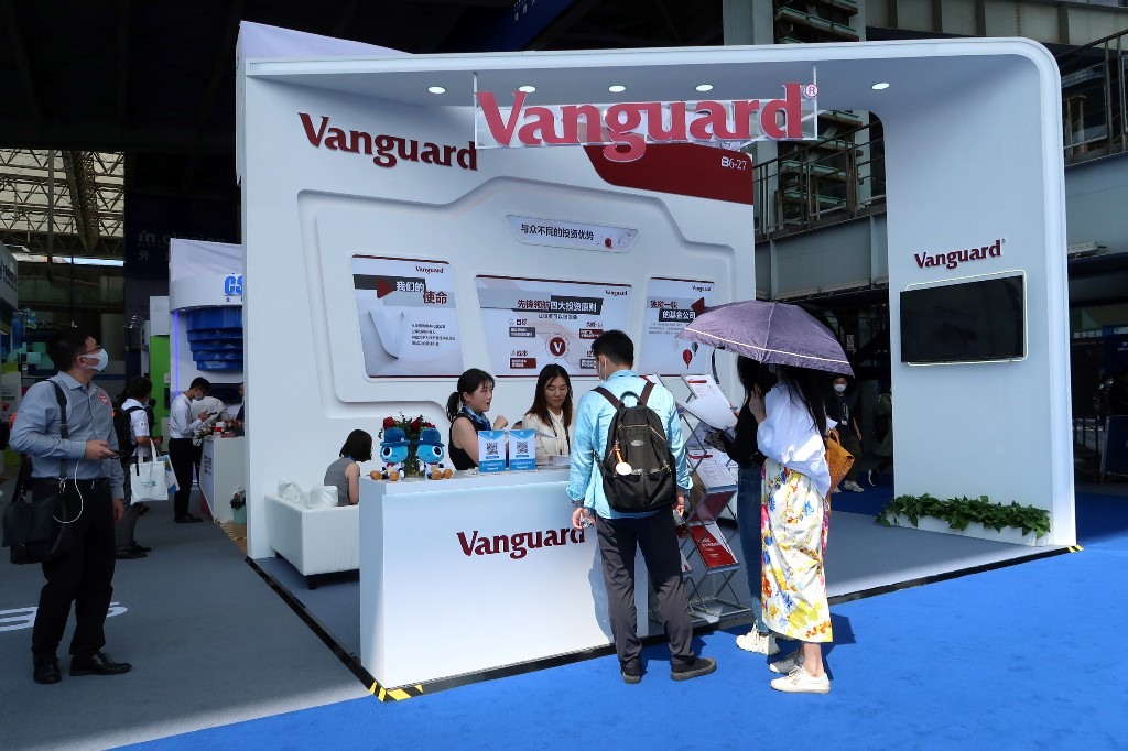 Vanguard to close most of its institutional business in Australia; focus on retail