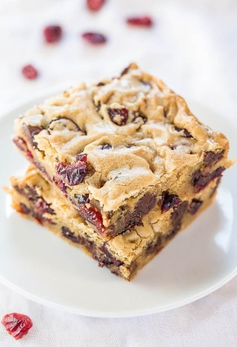 Blondie Recipes For Those Who Know That Chocolate Doesn't Always Rule | HuffPost Life