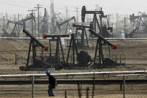 California governor signs bill limiting oil, gas development