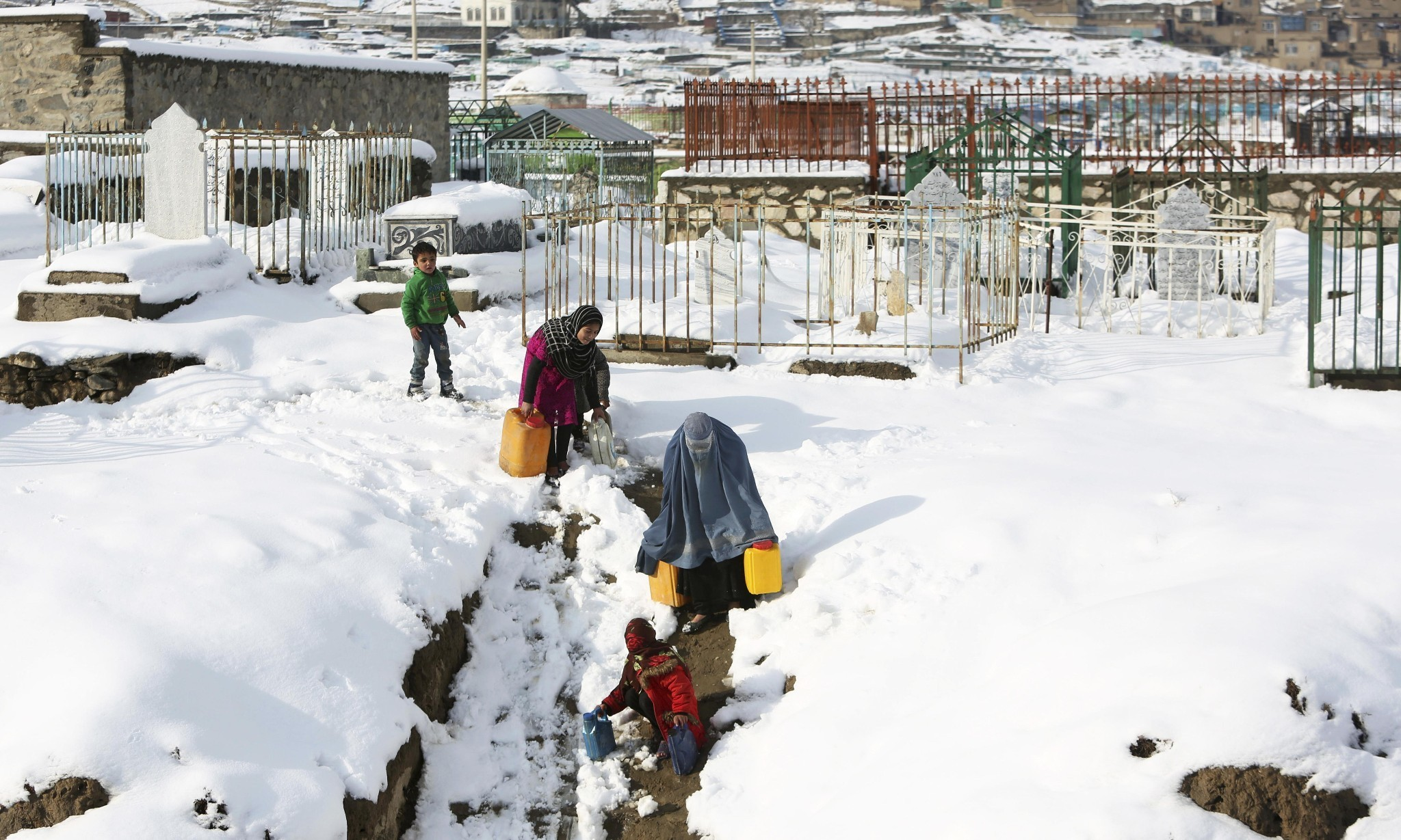 Afghanistan avalanches death toll passes 135