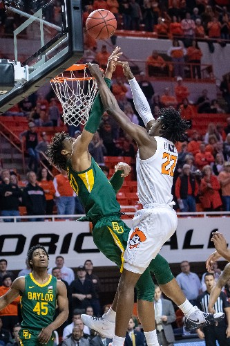 No. 2 Baylor storms past Oklahoma State
