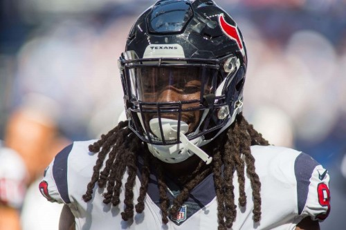 Reports: No deadline deal for Texans, franchised Clowney