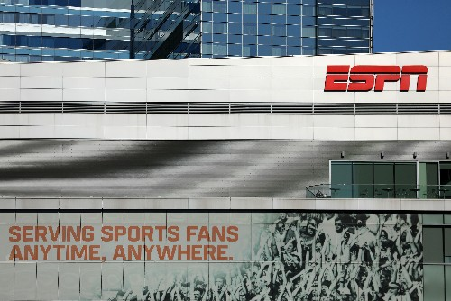 Caesars Entertainment, ESPN tie-up for sports betting content