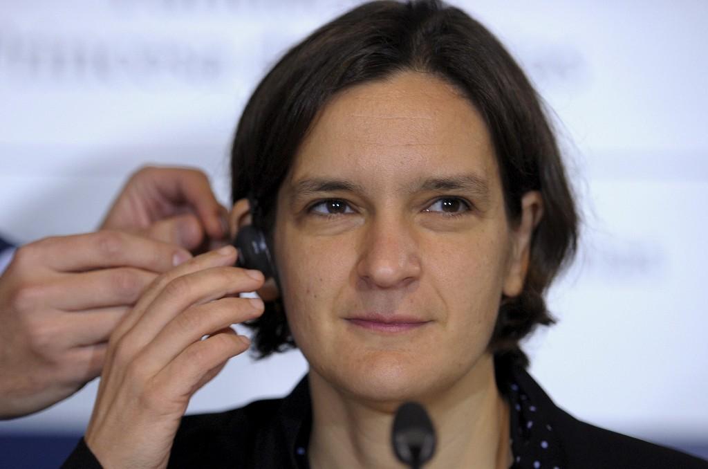 Trio wins economics Nobel for science-based poverty fight