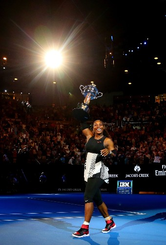 Serena Beats Venus in Aussie Open Final: Pictures