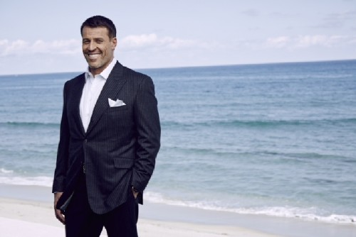For success guru Tony Robbins, wealth is more about gratitude than dollars