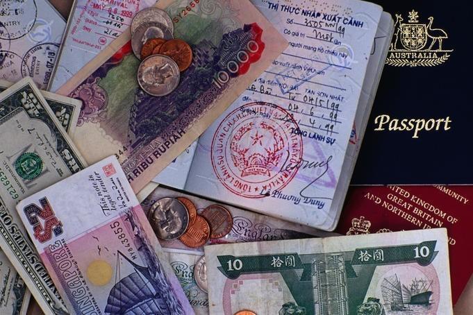 Buyer beware: 10 common travel scams