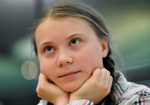 Swedish teen accuses UK of 'irresponsible behavior' over climate