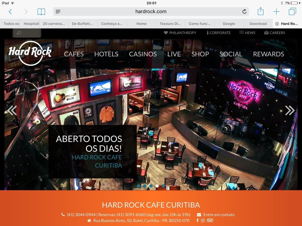 OHard Rock Cafe Curitiba é o primeiro e único no mundo que buscou um compromisso com a sociedade,ctudo inclinado pelo arquiteto Gastao Lima.