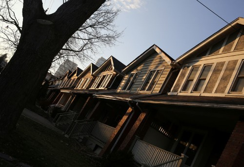 Canada home prices notch first gain in nine months: Teranet