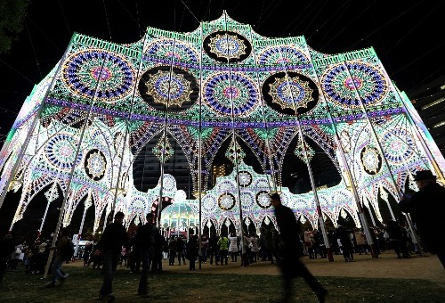 Annual Kobe Luminarie in Japan: Pictures