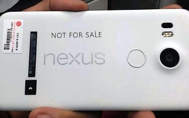 Google Nexus 5 photo leaked online