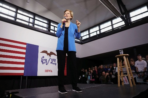 Democrat Warren secures endorsement from ex-rival Castro in White House bid