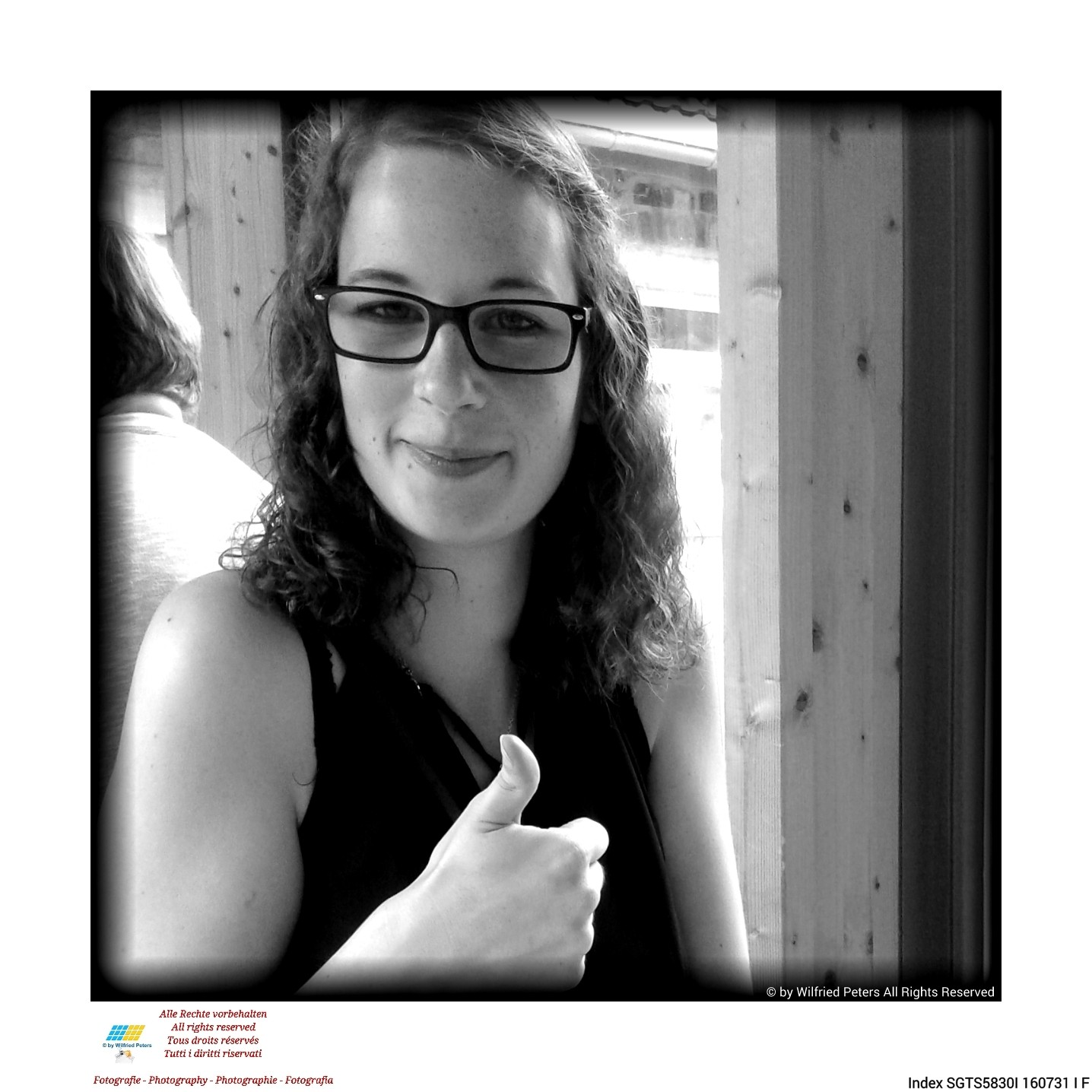 #Fotografie #Photography #Photographie #Fotografia #schwarzweiss #blackandwhite #noiretblanc #biancoenero #camïeu #monochromatic #Lächeln #Smile #Sourire #Sorriso 31.7.2016