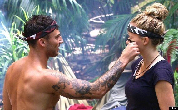'I'm A Celebrity': Kendra Wilkinson Flirts With Shirtless Jake Quickenden, Is A Showmance On The Cards? (PICS)