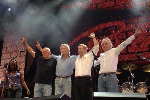 Pink Floyd signs out with 'river' journey back
