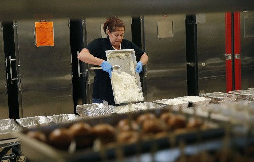 Donations, pigs part of Las Vegas' efforts to cut food waste