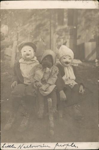 Creepy, weird, odd, horror and Zombies!