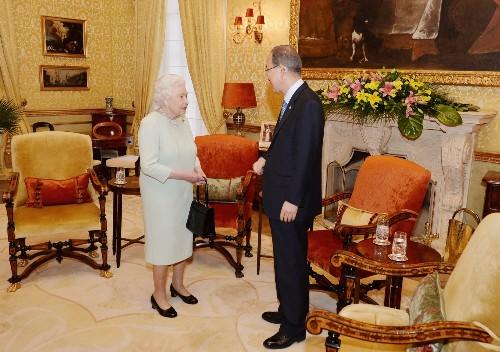Queen Elizabeth Meets With Commonwealth in Malta: Pictures