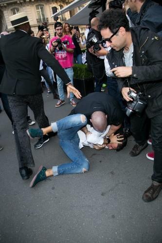 Kim Kardashian Harassed In Paris By Same Idiot Who Attacked Gigi Hadid