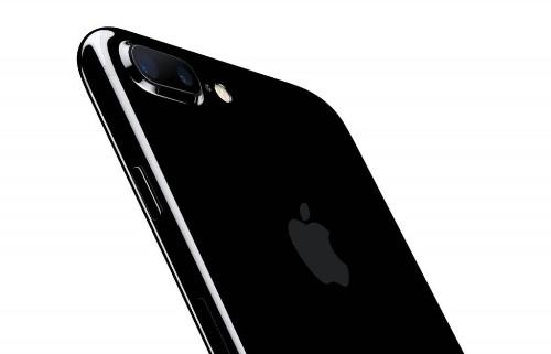 iPhone 7 Has Strange 'Watercolor' Camera Problem