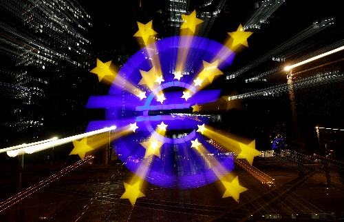 Euro zone banks expect rising loan demand in third quarter: ECB