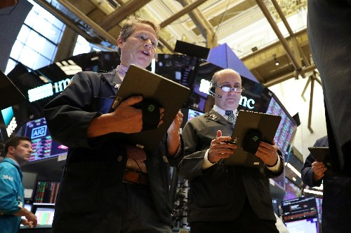 Dow futures hit by 3M results; upbeat tech results support Nasdaq