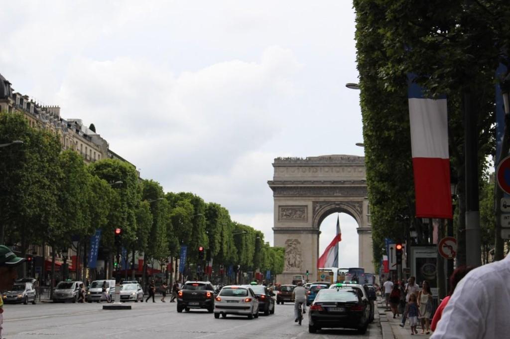 Lara...Paris 🗼