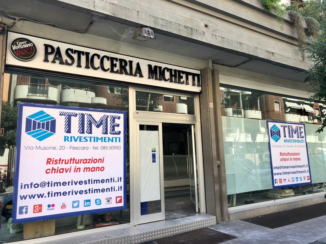 Restyling totale Pasticceria Michetti, by Time Rivestimenti. #pasticceriamichetti #timerivestimenti #ristrutturazioni #ristrutturazionichiavinmano #restyling #design #look #rebuild #pescara #italia Per info su materiali e progetti in tutta Italia: 08550950 - 3388518827 - 3286112626 info@timerivestimenti.it www.timerivestimenti.it