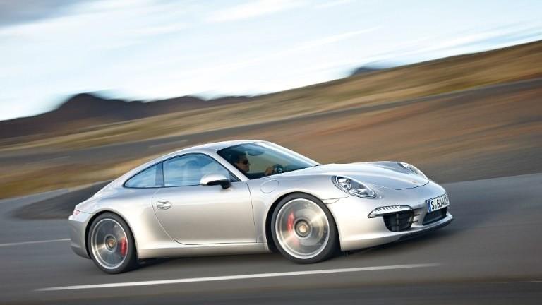Macan - Porsche's physics-defying SUV