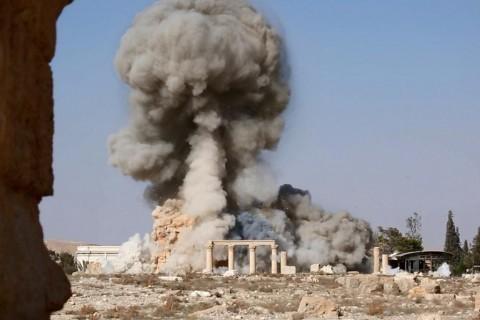 Islamic State photos show devastation at Palmyra temple