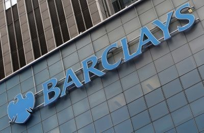 Barclays CEO Jes Staley and his management team receive share bonuses totalling £9m