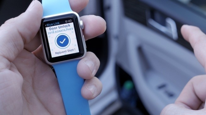 First Look: Hyundai's BlueLink lets Apple Watch or iPhone start, lock + find your car (Video)