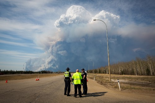 Massive Wildfire in Fort McMurray, Canada: Pictures
