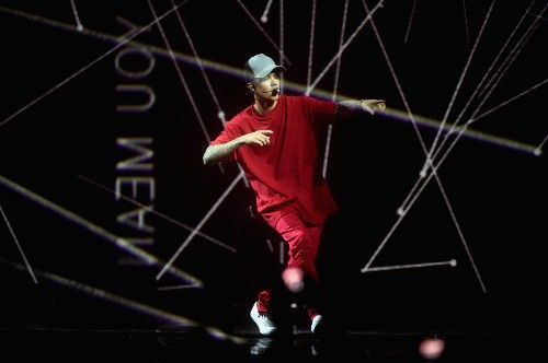 Bieber Wins Big at the MTV EMA's: Pictures
