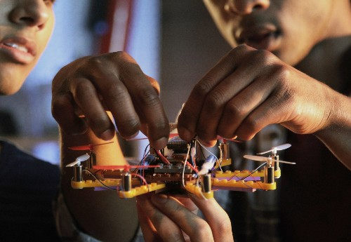 Kids can build a LEGO drone with Flybrix kits