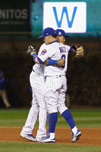 Cubs Stay Alive, Win Game 5: Pictures