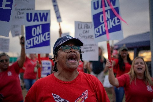 GM-UAW contract talks focus on temp workers