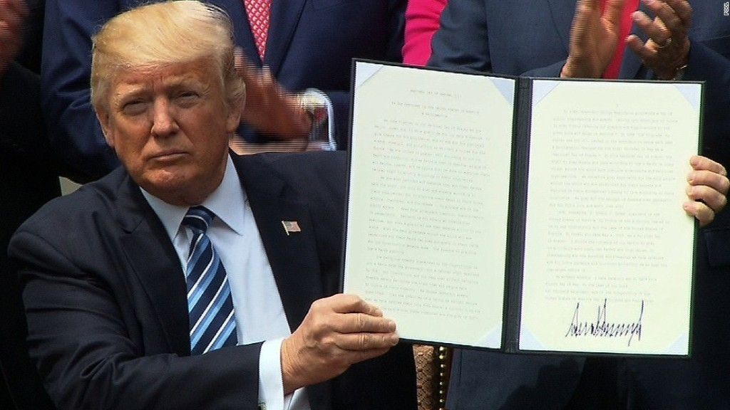 Trump signs executive order to 'vigorously promote religious liberty'