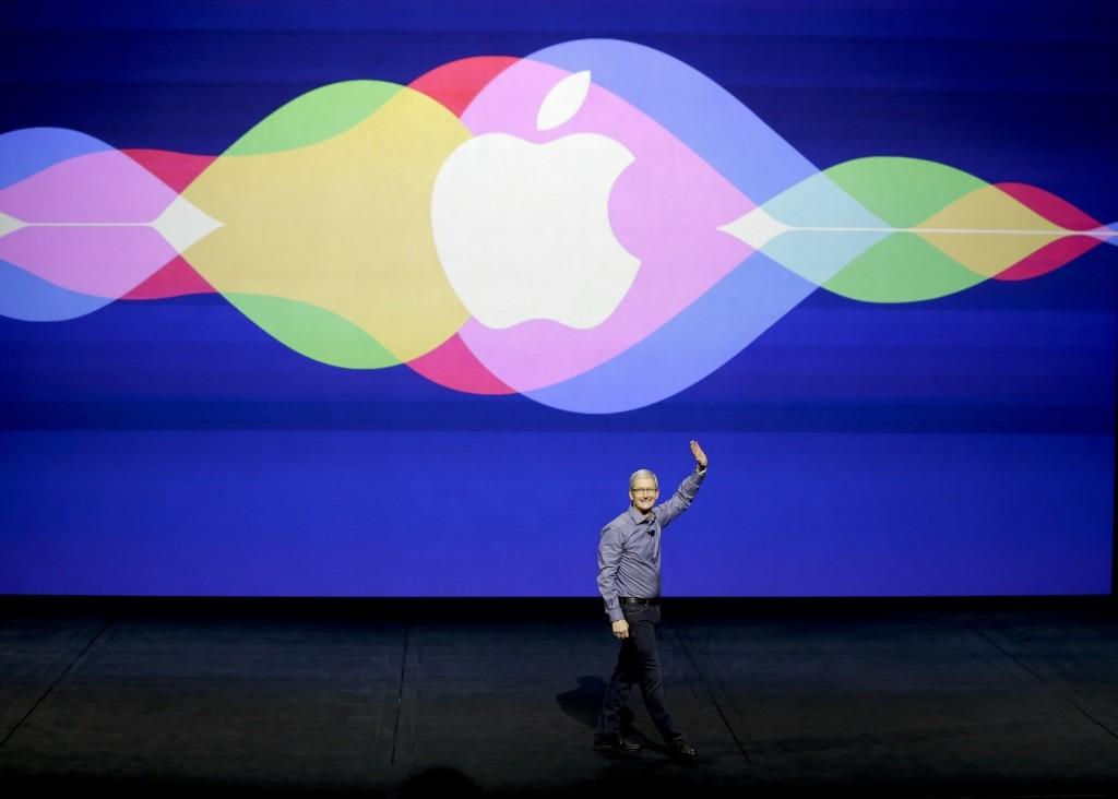 Apple Unveils Cool, New Stuff: Photos