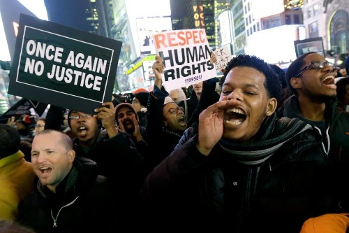 Scenes From the Eric Garner Protests (Photos)